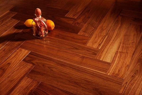 Oak Herringbone Flooring: A Sophisticated Option With Timeless Appeal