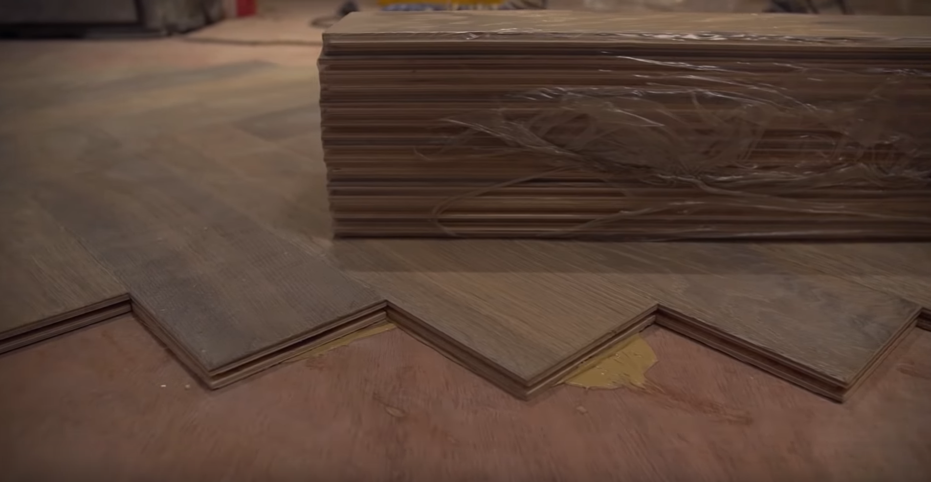 Laying Solid Wood Flooring Onto, How To Glue Laminate Flooring Plywood